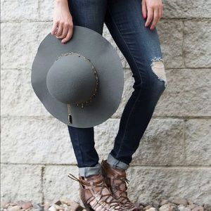 Buckle Floppy hat